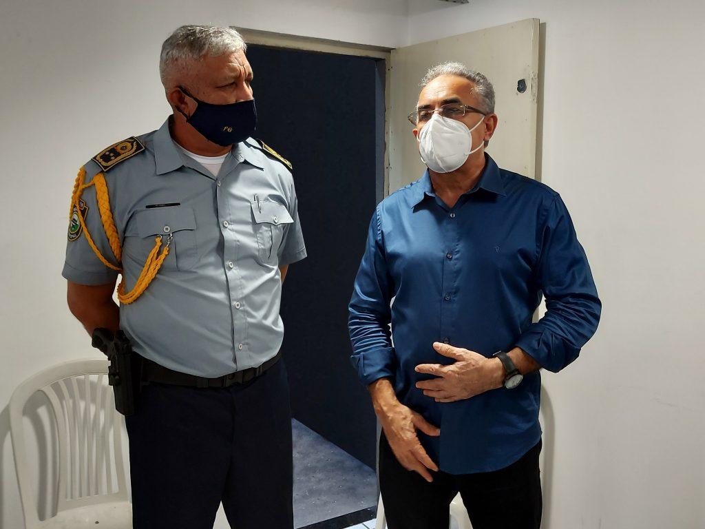 Comandante Joel Monteiro Ribeiro - Inspetor Geral da Guarda Municipal de Belém Edmilson Rodrigues - Prefeito