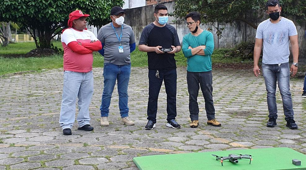 Guardas municipais participaram do curso sobre o uso de drones com outros agentes de segurança