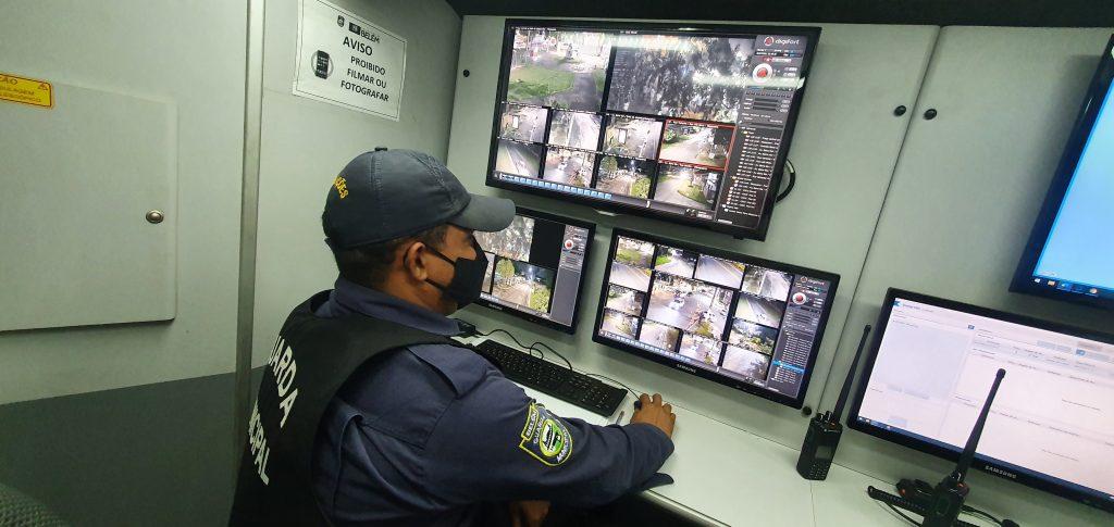 eículo de monitoramento por câmeras das ruas de Mosqueiro ajuda a prevenir e conter a criminalidade na ilha