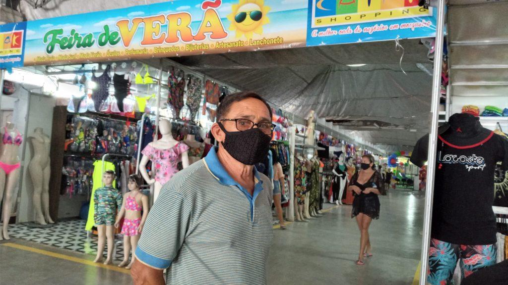 Este ano, o empresário José Ribamar Ferreira aguarda um faturamento acima de R$ 200 mil na Feira de Verão, montada em frente à Praia do Farol